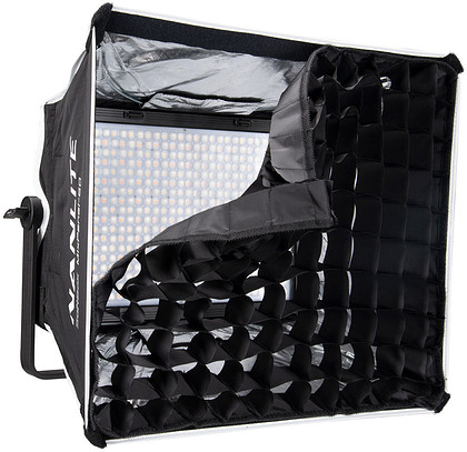 Softbox z gridem Nanlite do lampy MIXPANEL 150 RGBWW