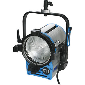 ARRI lampa True Blue ST1